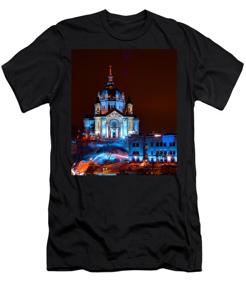 Cathedral Of St Paul All Dressed Up For Red Bull Crashed Ice Men's T-Shirt (Athletic Fit)