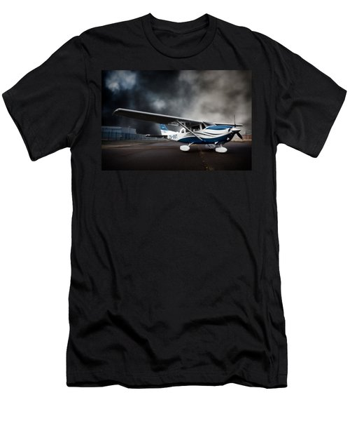 Cessna Ground Men's T-Shirt (Athletic Fit)