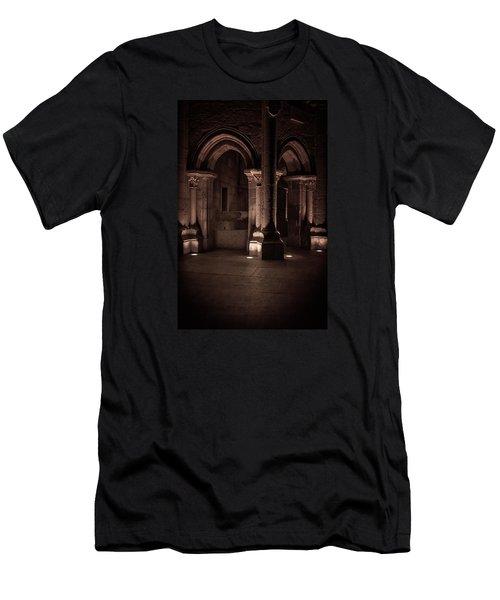 Chafariz Dos Canos Men's T-Shirt (Athletic Fit)