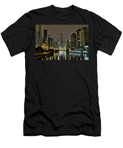 Chicago Night River View Men's T-Shirt (Athletic Fit)