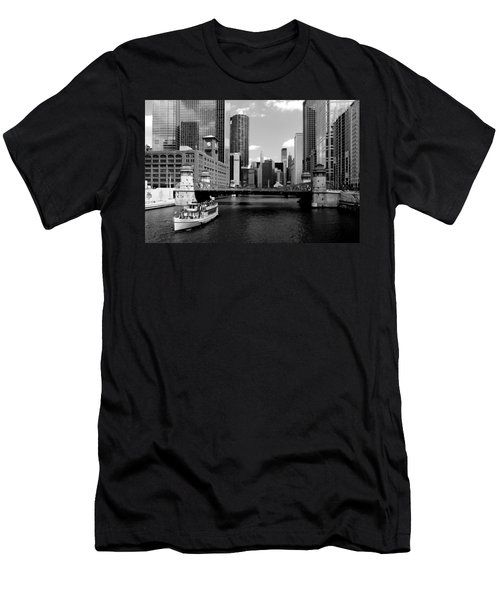 Chicago River Skyline Bridge Boat Men's T-Shirt (Athletic Fit)