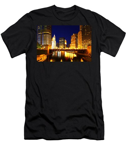Chicago Skyline Night River Men's T-Shirt (Athletic Fit)