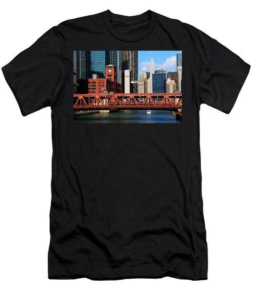 Chicago Skyline River Bridge Men's T-Shirt (Athletic Fit)