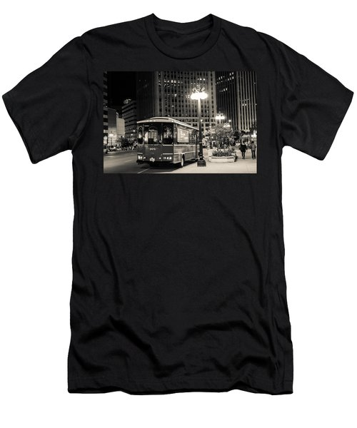 Chicago Trolly Stop Men's T-Shirt (Athletic Fit)