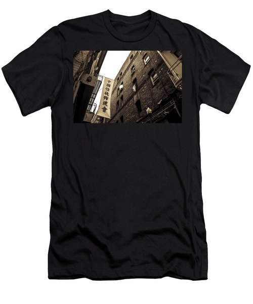 Chinatown Alley Men's T-Shirt (Athletic Fit)