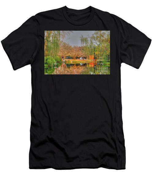 Chineese Garden Men's T-Shirt (Athletic Fit)