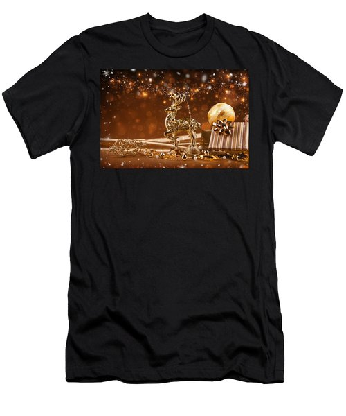 Christmas Reindeer In Gold Men's T-Shirt (Athletic Fit)