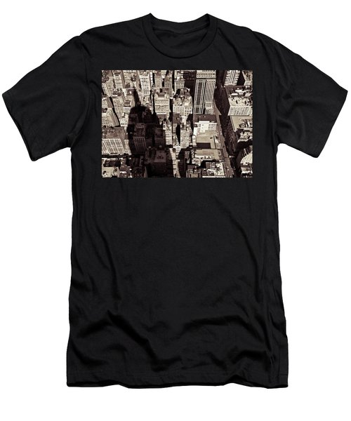 City Shadow Men's T-Shirt (Athletic Fit)