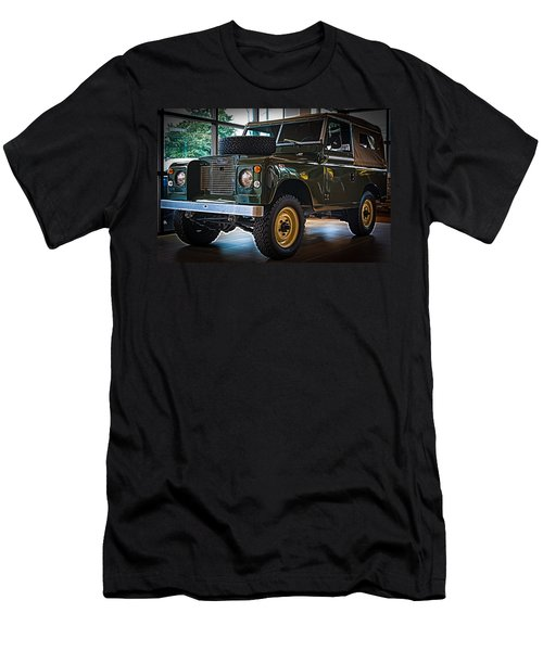 Classic 1969 Land Rover Series IIa Men's T-Shirt (Athletic Fit)