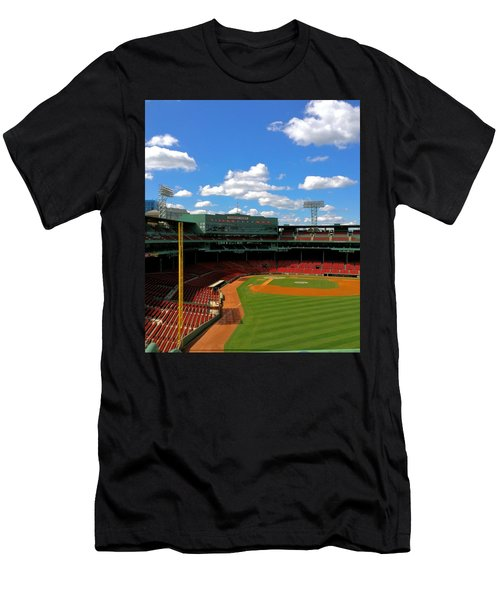 Classic Fenway I  Fenway Park Men's T-Shirt (Athletic Fit)