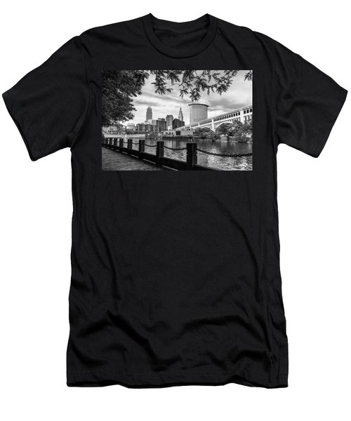 Cleveland River Cityscape Men's T-Shirt (Athletic Fit)