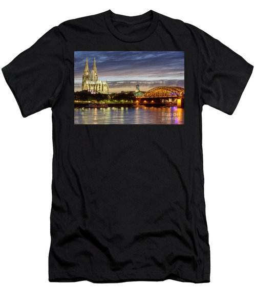 Cologne Cathedral With Rhine Riverside Men's T-Shirt (Athletic Fit)