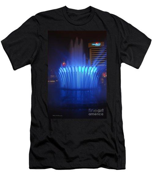 D101l-122 Scioto Mile Fountain Photo Men's T-Shirt (Athletic Fit)