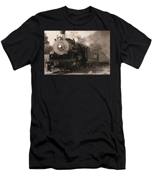 Coming Around The Mountain Men's T-Shirt (Athletic Fit)