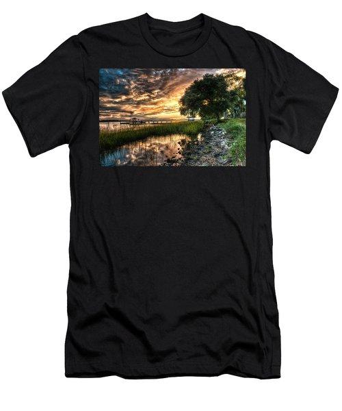 Coosaw Plantation Sunset Men's T-Shirt (Athletic Fit)