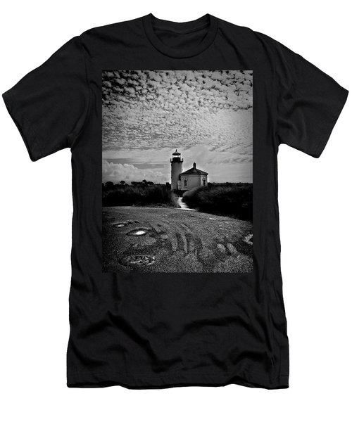 Coquille River Lighthouse Men's T-Shirt (Slim Fit) by Melanie Lankford Photography