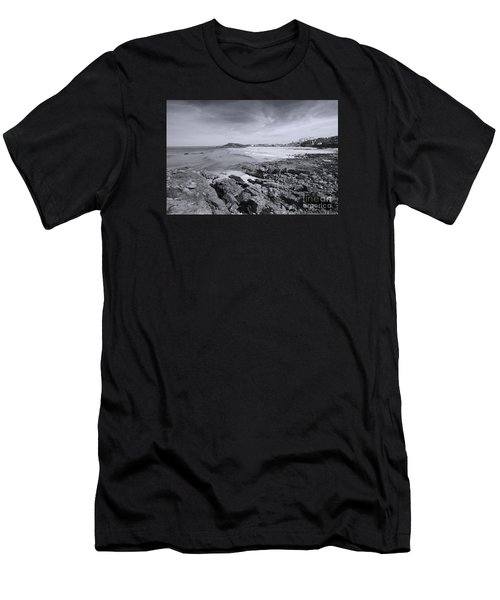 Cornwall Coastline 2 Men's T-Shirt (Athletic Fit)