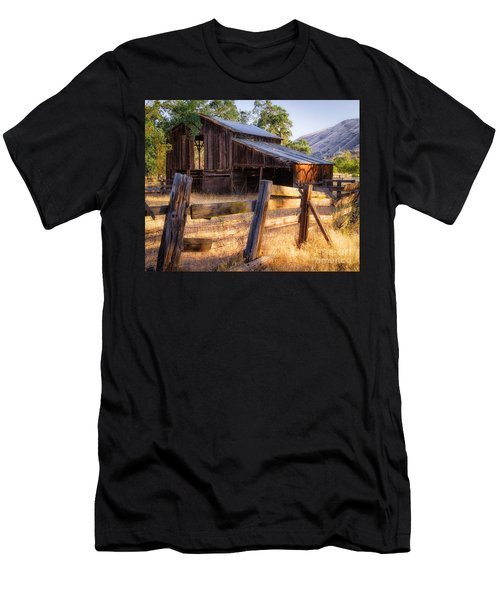 Country In The Foothills Men's T-Shirt (Athletic Fit)