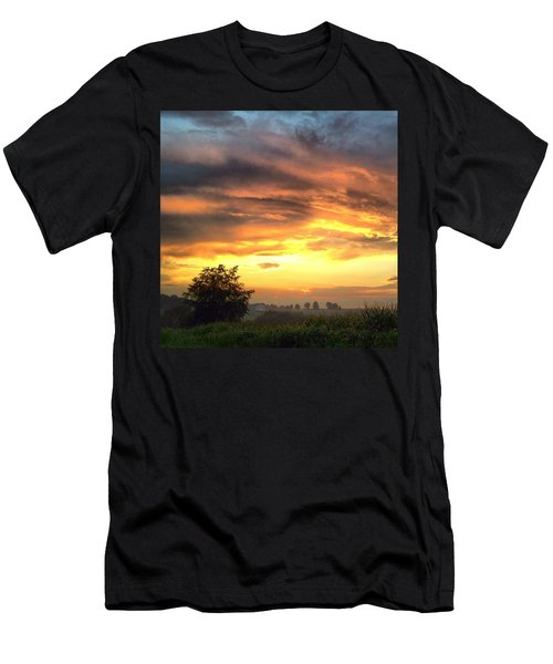 Country Scene From Hilltop To Hilltop Men's T-Shirt (Athletic Fit)