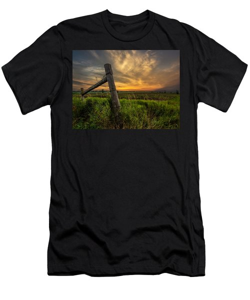 Country Sunrise Men's T-Shirt (Athletic Fit)