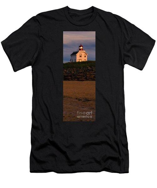 Cousin's Shore Lighthouse Pei Men's T-Shirt (Athletic Fit)