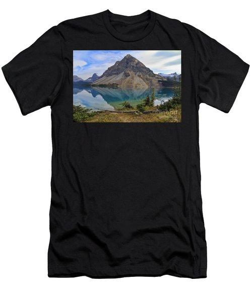 Crowfoot Mountain Banff Np Men's T-Shirt (Athletic Fit)