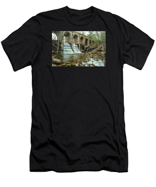 Cumberland Waterfall Men's T-Shirt (Athletic Fit)