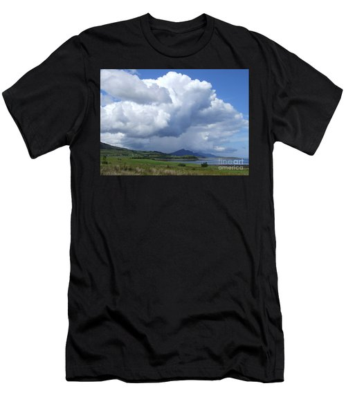 Cumulus Clouds - Isle Of Skye Men's T-Shirt (Athletic Fit)
