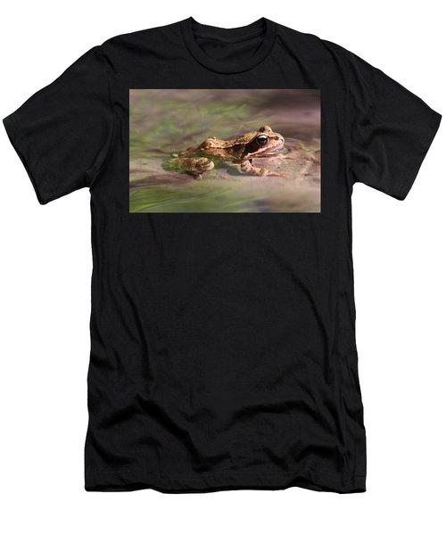 Cute Litte Creek Frog Men's T-Shirt (Athletic Fit)