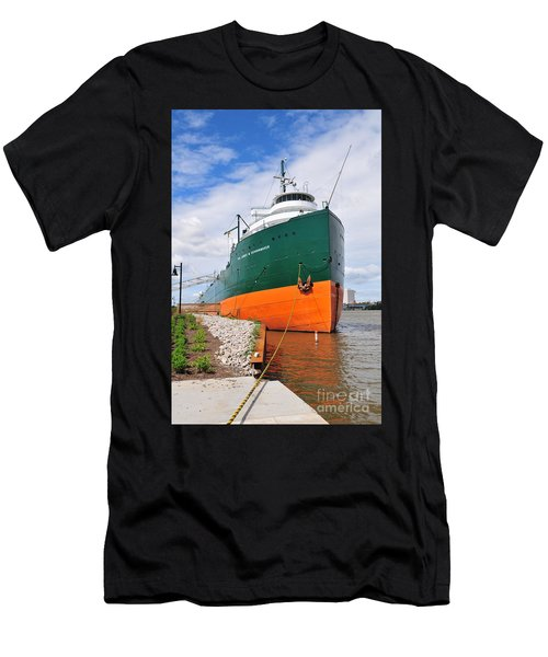 D12u763 Ss Col James M Schoonmaker Men's T-Shirt (Athletic Fit)