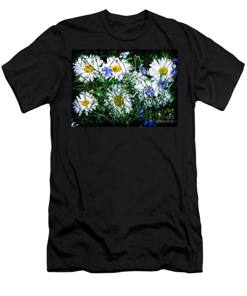 Daisies With Blue Flax And Bee Men's T-Shirt (Athletic Fit)