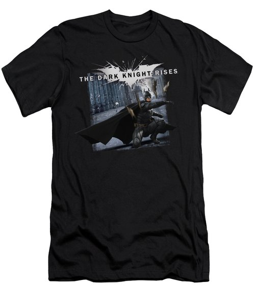 Dark Knight Rises - Batarang Throw Men's T-Shirt (Athletic Fit)