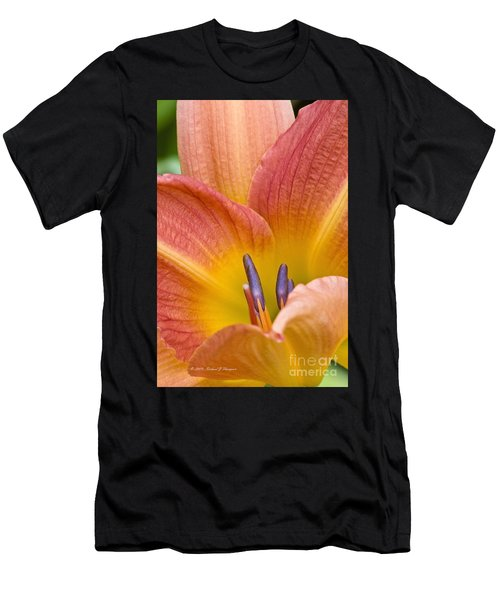 Day Lily  3 Men's T-Shirt (Athletic Fit)