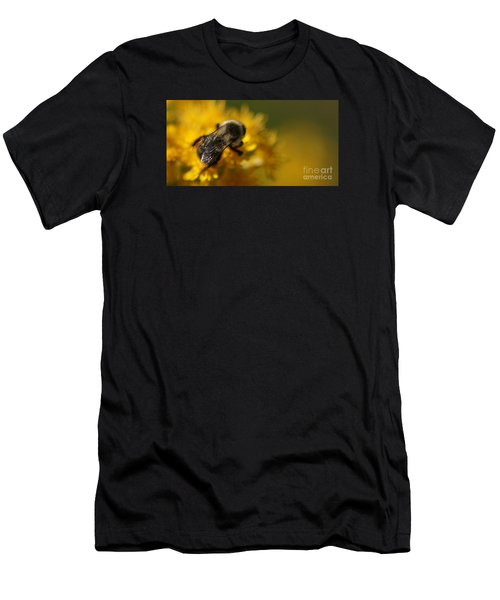Men's T-Shirt (Athletic Fit) featuring the photograph Delicate Sensitivity by Linda Shafer