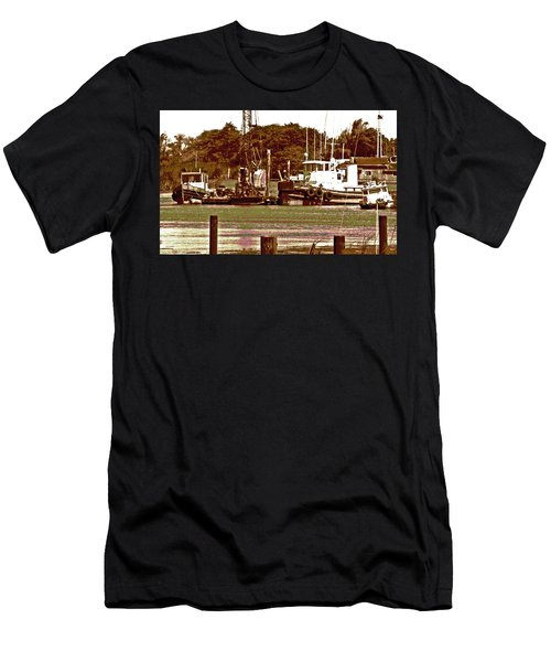 Delta Tug Boats At Work Men's T-Shirt (Athletic Fit)