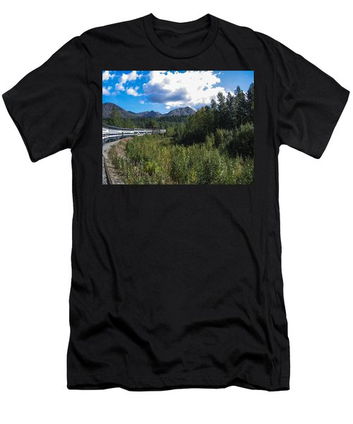Denali Alaska Men's T-Shirt (Athletic Fit)