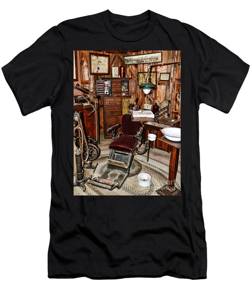 Dentist - The Dentist Chair Men's T-Shirt (Athletic Fit)