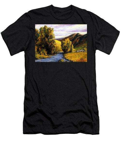 Deserted Men's T-Shirt (Athletic Fit)
