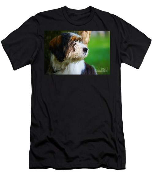 Dog Sitting Next To A Tree Men's T-Shirt (Athletic Fit)