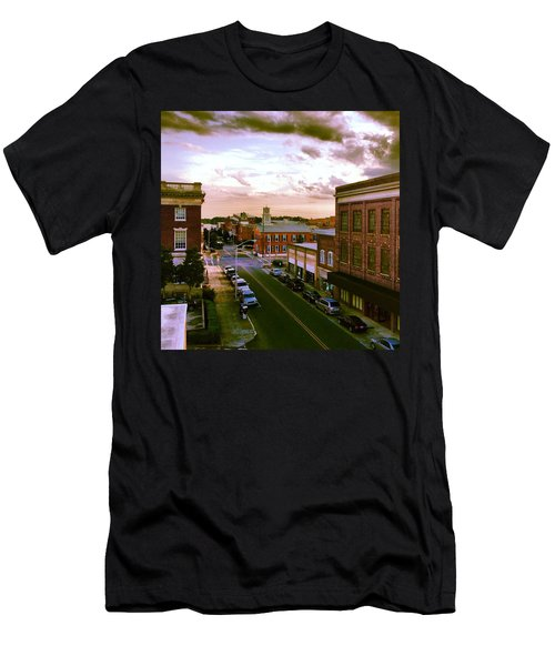 Downtown Washington Nc Men's T-Shirt (Athletic Fit)