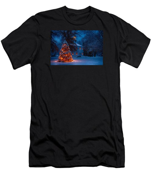 Christmas At The Richmond Round Church Men's T-Shirt (Slim Fit) by Jeff Folger