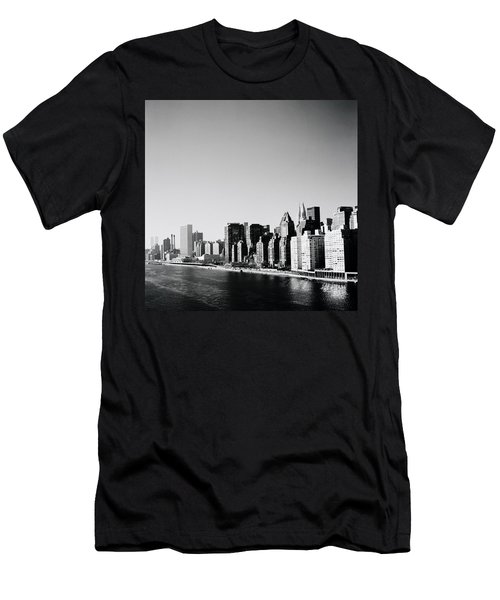 East River New York Men's T-Shirt (Slim Fit) by Shaun Higson