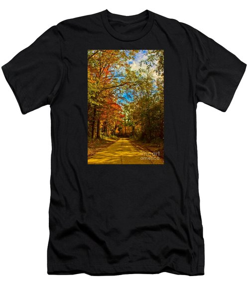 East Texas Back Roads Hdr Men's T-Shirt (Athletic Fit)