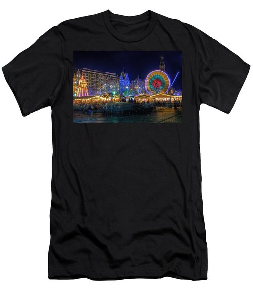 Edinburgh Christmas Market Men's T-Shirt (Athletic Fit)