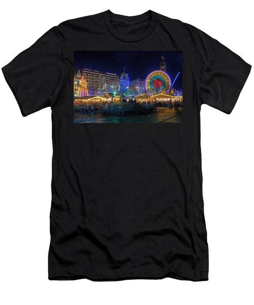 Edinburgh Christmas Market Men's T-Shirt (Athletic Fit)