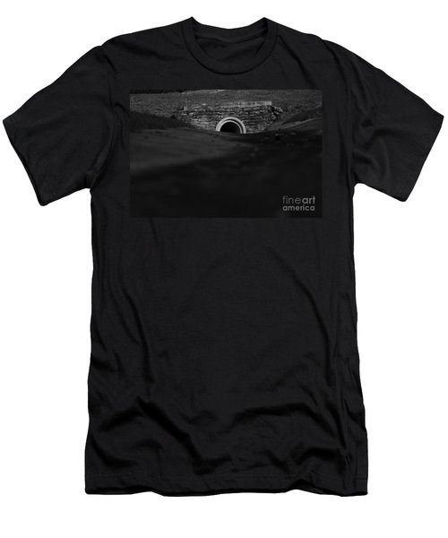 Eerie Tunnel Men's T-Shirt (Athletic Fit)