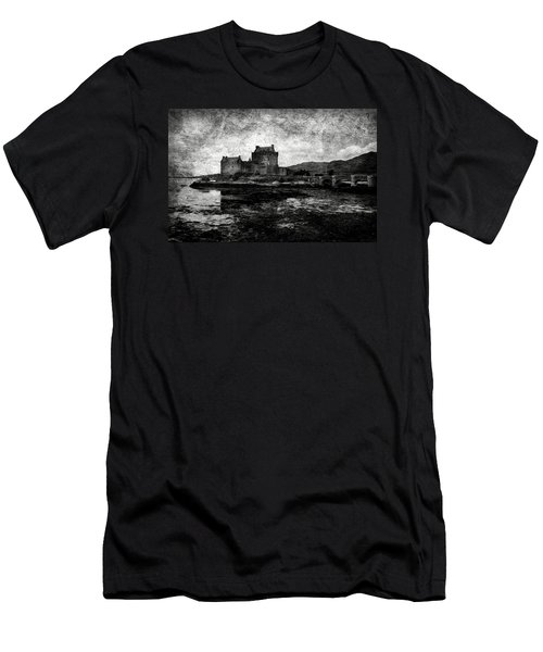 Eilean Donan Castle In Scotland Bw Men's T-Shirt (Athletic Fit)