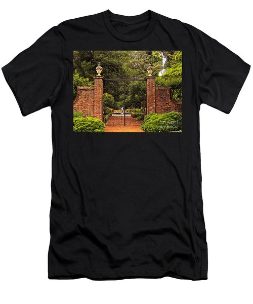 Elizabethan Gardens Men's T-Shirt (Athletic Fit)