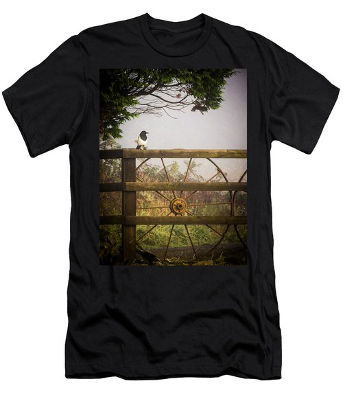 Eurasian Magpie In Morning Mist Men's T-Shirt (Athletic Fit)