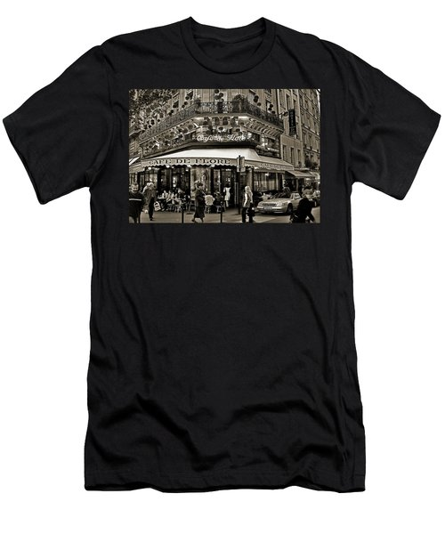 Famous Cafe De Flore - Paris Men's T-Shirt (Athletic Fit)